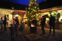 Bad Waltersdorf: AdventZeit am WeinGut Glatz